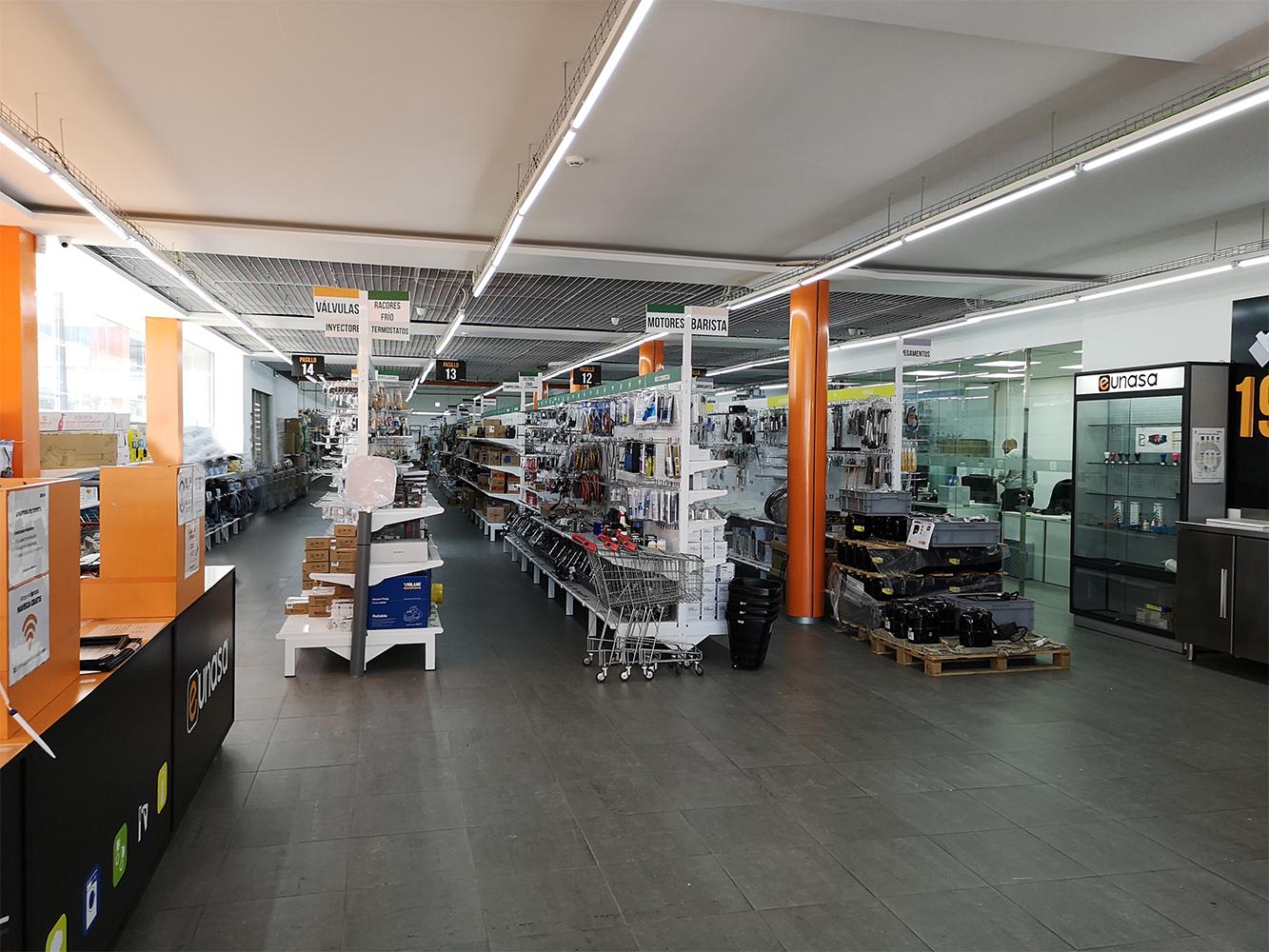 IMAGE NEWS AMPLIACION 1 - Ampliación de tienda Barcelona y almacén regulador